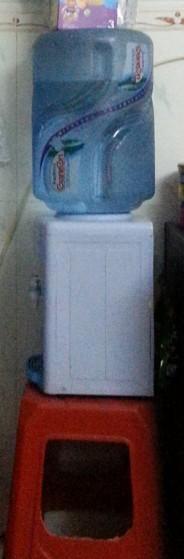 扬子饮水机背面内部结构图