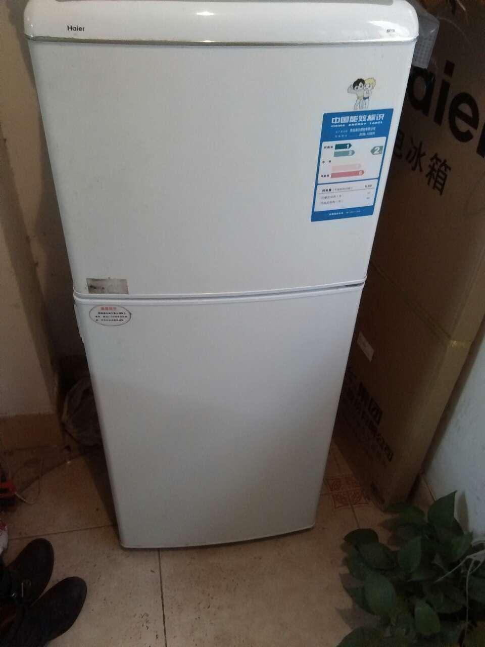 海尔八九成双门冰箱转让